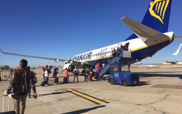 El aeropuerto de Villanubla inicia el año con un aumento de pasajeros del 19,9%