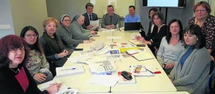 El grupo de trabajo del Consejo de la Mujer estudia las nuevas normas de empleados de hogar