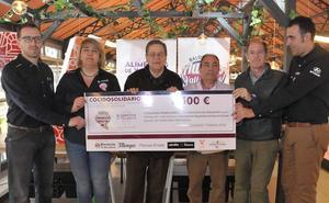 El Recoletas Atlético entrega 1.500 euros del cocido solidario
