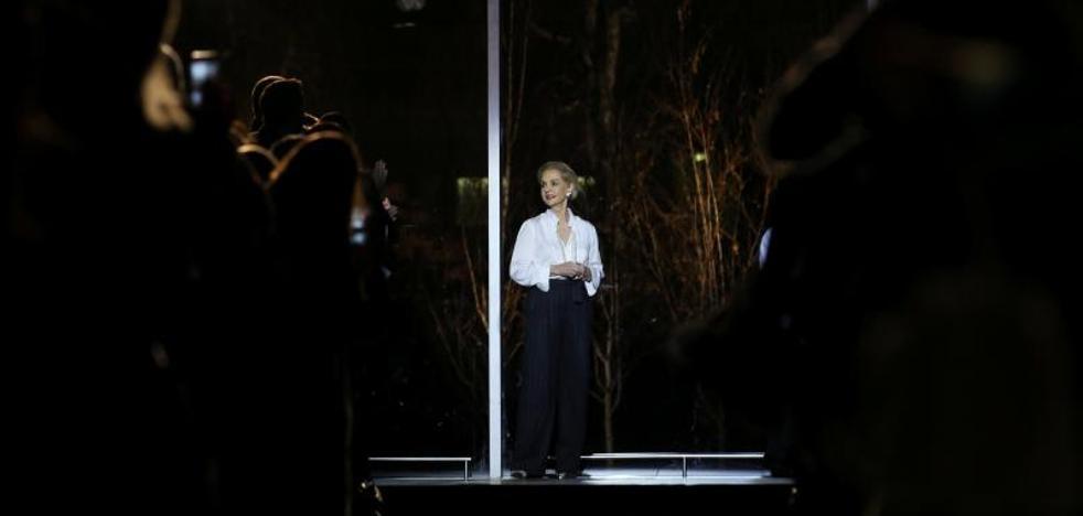 La elegancia de Carolina Herrera se despide de la pasarela