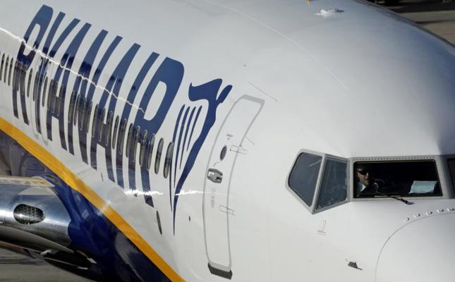 Ryanair acusa al Sepla de frenar el aumento salarial de sus pilotos en España