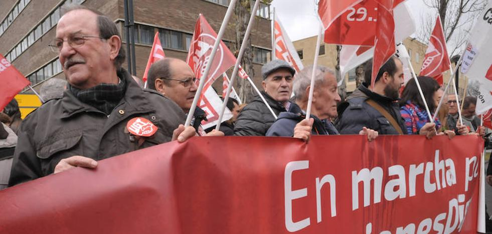 UGT y CC OO vuelven a salir a la calle en defensa de las pensiones