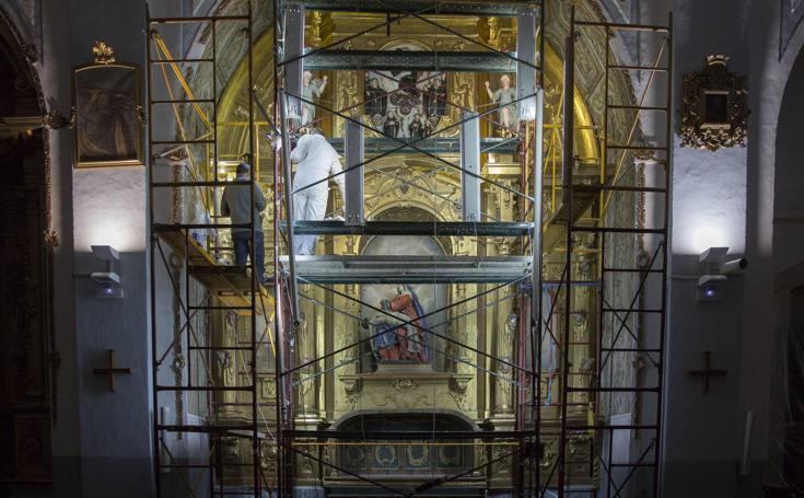 La iglesia de San Pedro Apóstol restaura su retablo