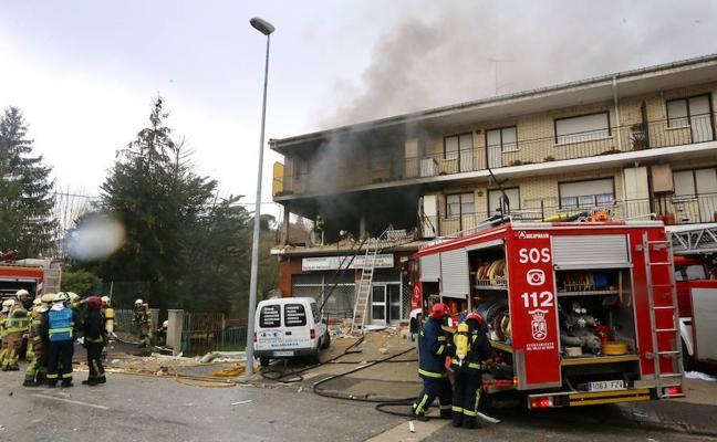 Una bombona sería la causante de la explosión que dejó cuatro heridos en Villasana de Mena