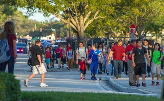 Una profesora española, en el escenario de matanza de Florida
