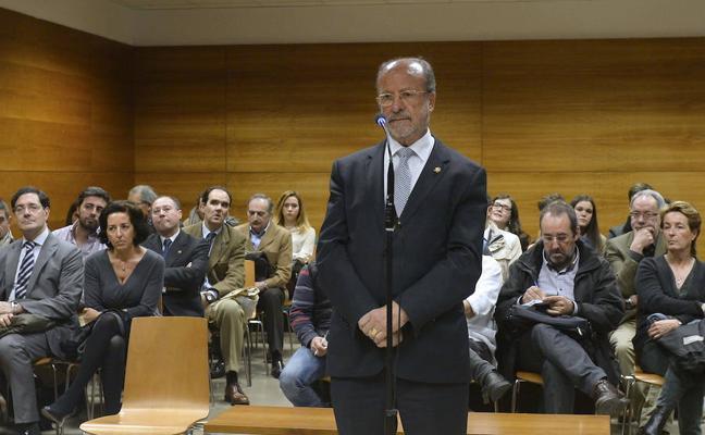León de la Riva, Blanco y Sánchez se sentarán en el banquillo el 25 de abril por la 'comfort letter'