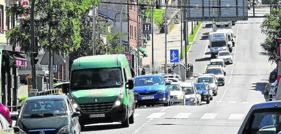 La variante de San Rafael tendrá que esperar «al menos cuatro o seis años», según la alcaldesa