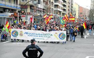 Miles de personas exigen igualdad salarial para Policía y Guardia Civil