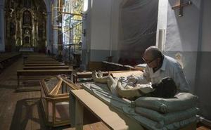 La iglesia de San Pedro Apóstol pone a punto su casa