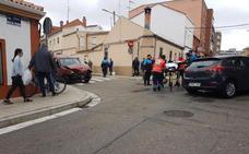 Una colisión de turismos en el barrio de Pajarillos deja dos heridos