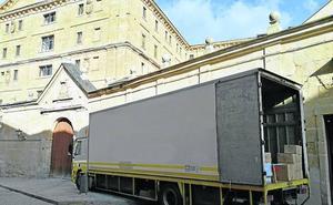 La Universidad Pontificia recibe el archivo histórico de Acción Católica Española