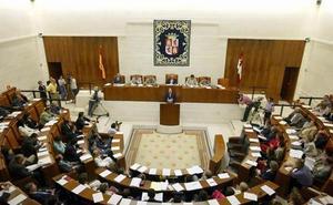 Más de 400 leyes en 35 años para impulsar el autogobierno de Castilla y León