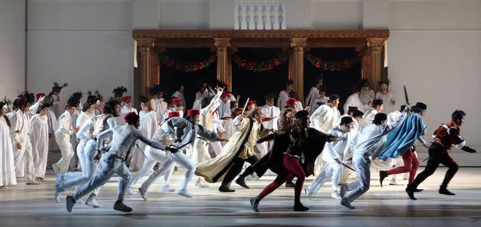 El Teatro Calderón busca 13 figurantes para la ópera 'Romeo y Julieta'