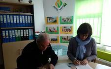 Asovica y Asociación de Vecinos de la Barriada firman convenio de colaboración