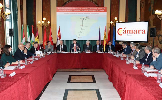 Burgos escenifica el respaldo empresarial unánime al Corredor Central
