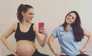 Eva González muestra, por primera vez, su barriguita de embarazada