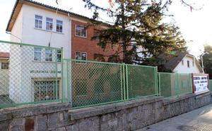 De Vicente defiende la labor de la residencia Juan Pablo II con la menor desaparecida el día 13