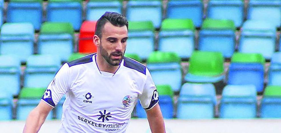 Murci : «Cambio cualquier cifra de goles o puesto en el play-off por el ascenso a Segunda B del Salmantino»