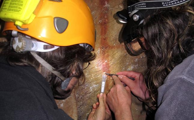Un grupo de científicos tumba la exclusividad de la capacidad artística del Homo Sapiens