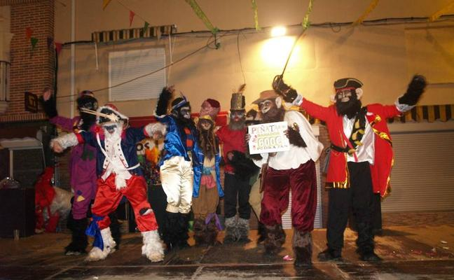 Pedrajas de San Esteban dice adiós al Carnaval con la tradicional Fiesta de Piñata