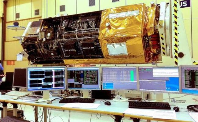 Las condiciones meteorológicas retrasan un día el lanzamiento del satélite español PAZ