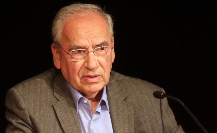 Alfonso Guerra, protagonista del Aula de Cultura de El Norte de Castilla