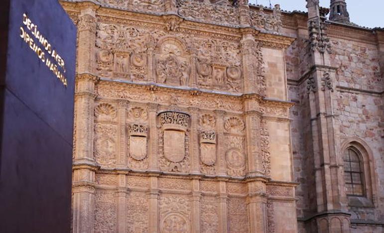 Las Cortes de Castilla y León conceden la Medalla de Oro a la Universidad de Salamanca