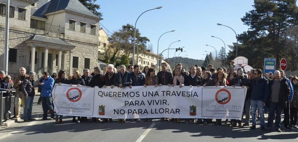 San Rafael recuerda a los muertos y heridos en su peligrosa travesía y exige soluciones