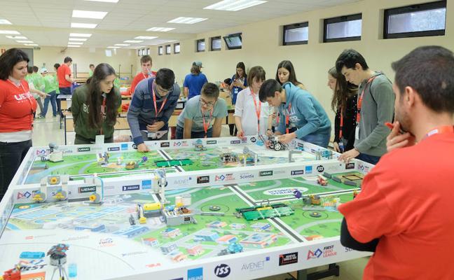 El Colegio Claret gana uno de los premios del desafío robótico