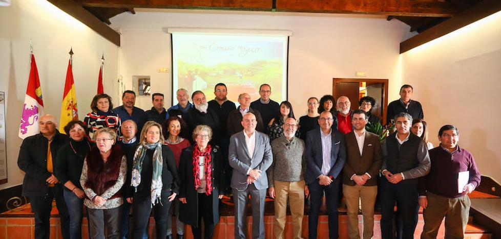 La Diputación reúne a los 34 ayuntamientos vinculados a los Caminos a Santiago en Valladolid