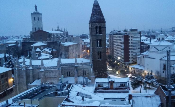Así ha amanecido Valladolid tras la nevada
