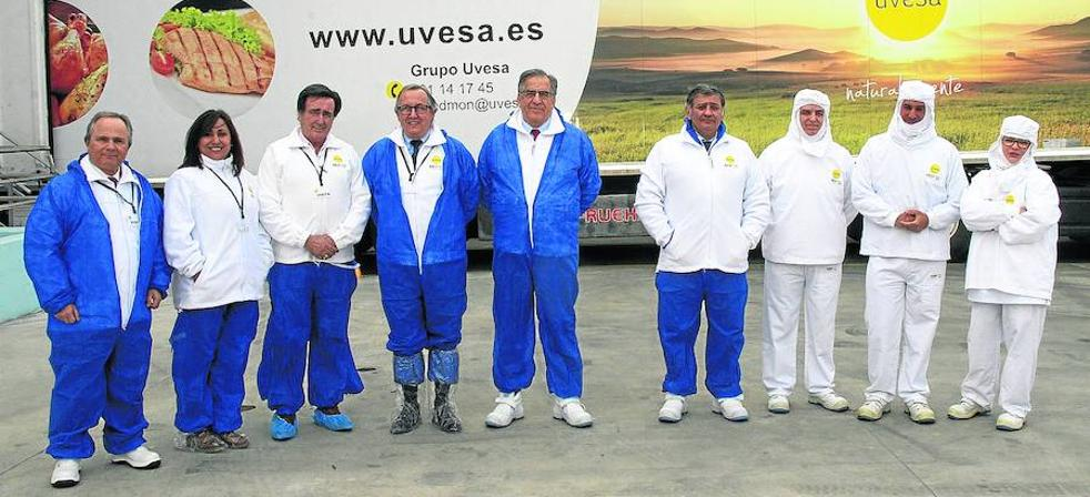 La planta de Uvesa procesa en la villa 400.000 pollos a la semana