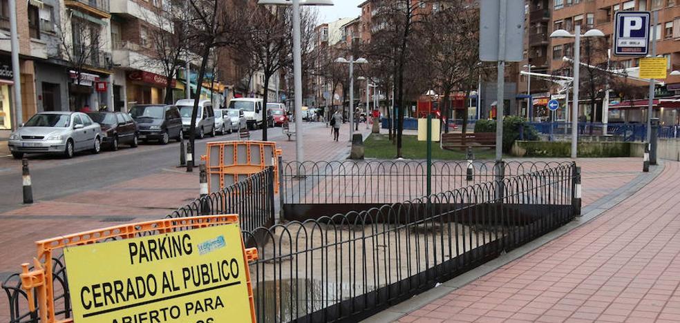 Luquero abre el 'parking' de José Zorrilla tras el «abandono» de la empresa
