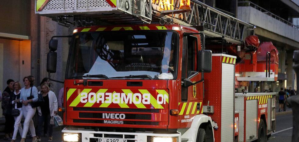 Conocer las cofradías de Semana Santa, requisito para ser bombero en Palencia