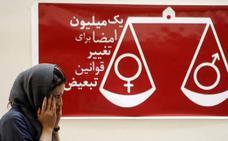 Detenidas 35 mujeres que acudieron a un partido de fútbol en Irán