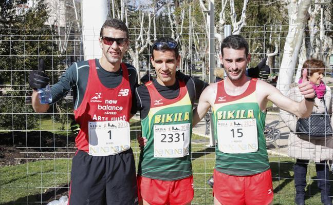 Iván Roade y Gema Martín vencen en la VII Media Maratón de Salamanca
