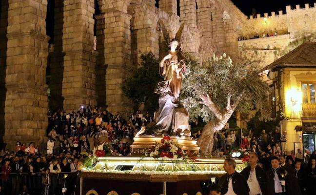 Programa de procesiones del Viernes Santo, 30 de marzo, en Segovia