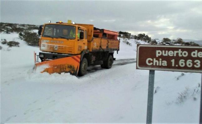 Cuarenta carrteras han necesitado de intervención en la provincia de Ávila por la nieve