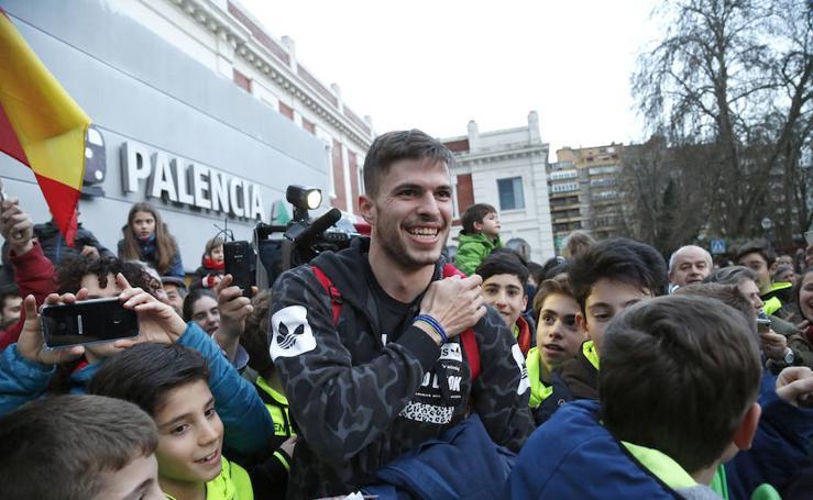 Palencia recibe a Óscar Husillos