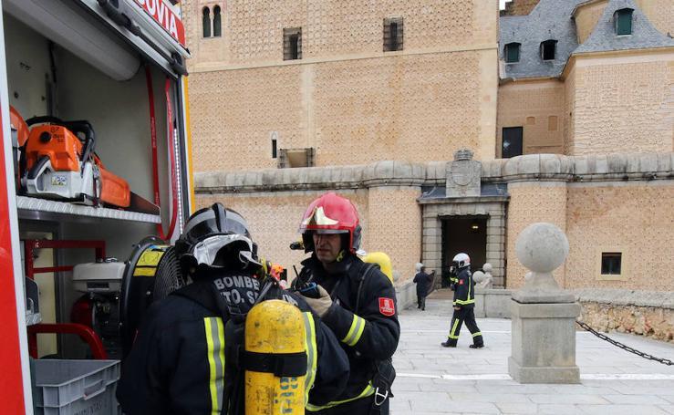 Simulacro de incendio en el Alcázar de Segovia