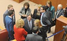 Las mujeres son minoría aún en los escaños y órganos de decisión política de Castilla y León