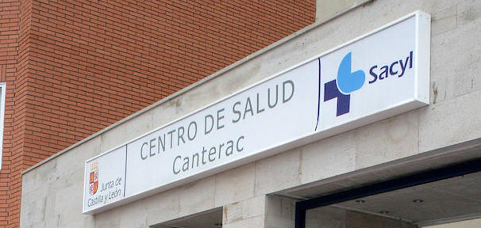Vecinos de Las Delicias recogen más de 6.000 firmas para que se reabra el Centro de Especialidades