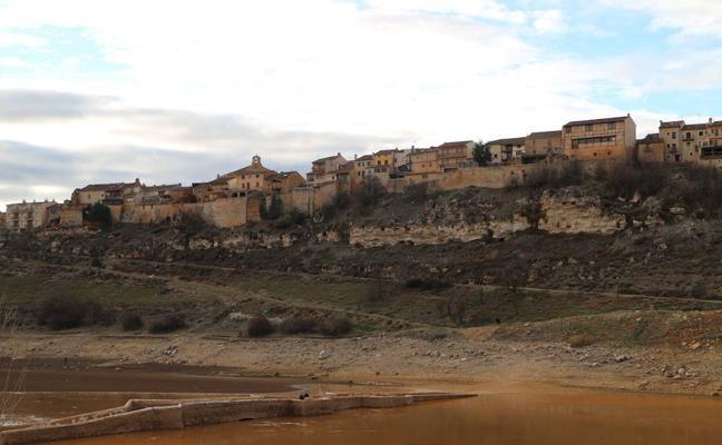 Luces y sombras en uno de los pueblos más bonitos de España