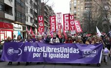 Más de 2.500 personas salen a la calle en Zamora en apoyo a las reivindicaciones de las mujeres