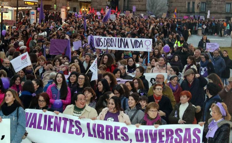 8-M Multitudinaria manifestación en Segovia