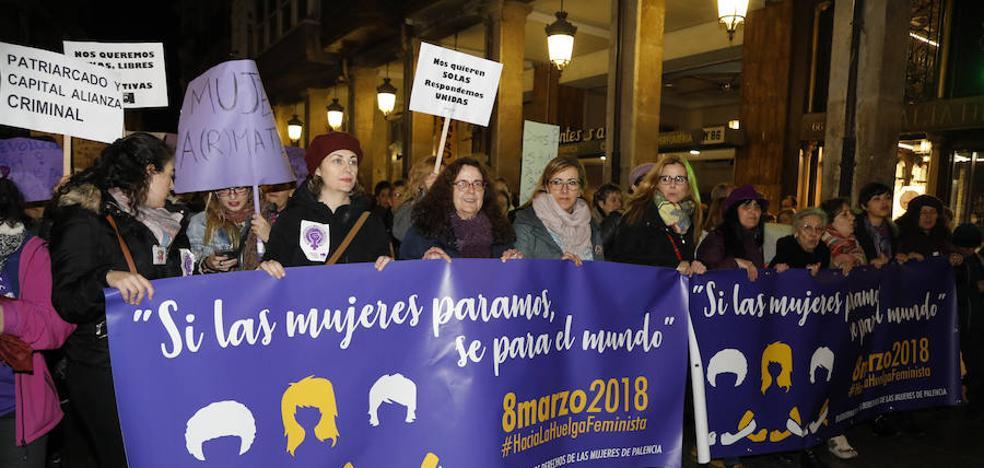 6.500 palentinos ponen el colofón a un Día de la Mujer histórico