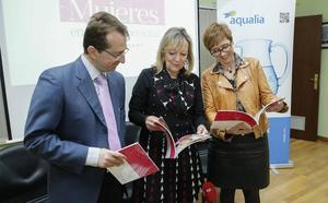 El testimonio de 60 mujeres que desarrollan su labor en Aqualia