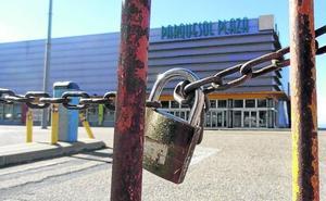 El centro de ocio Parquesol Plaza cierra sus puertas 20 años después