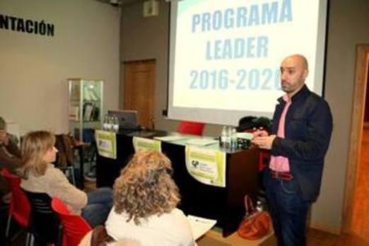 Adri Cerrato apoya nuevos proyectos para dinamizar la comarca