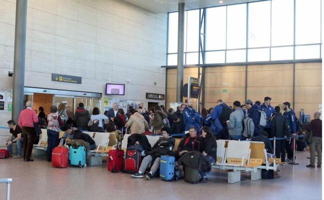 El aeropuerto de Villanubla aumenta un 14,7% el número de pasajeros en los dos primeros meses del año